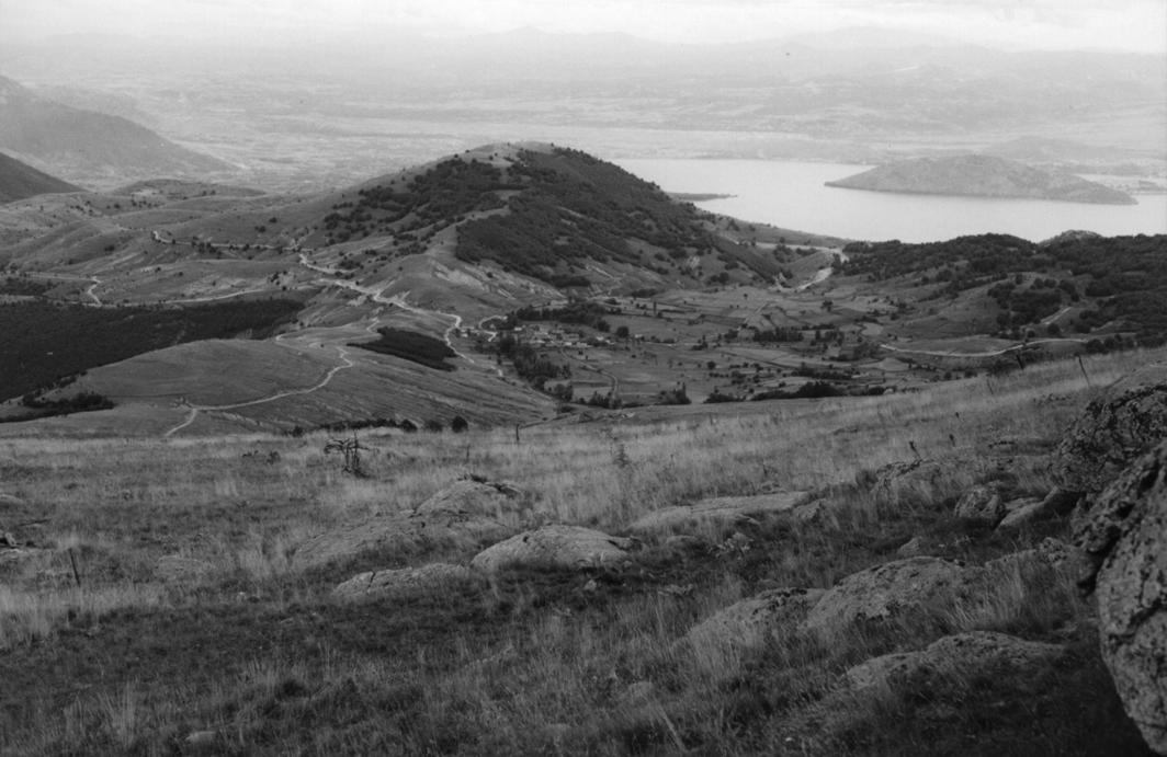 A view of Chereshnitsa from just above Tsero. - 1995